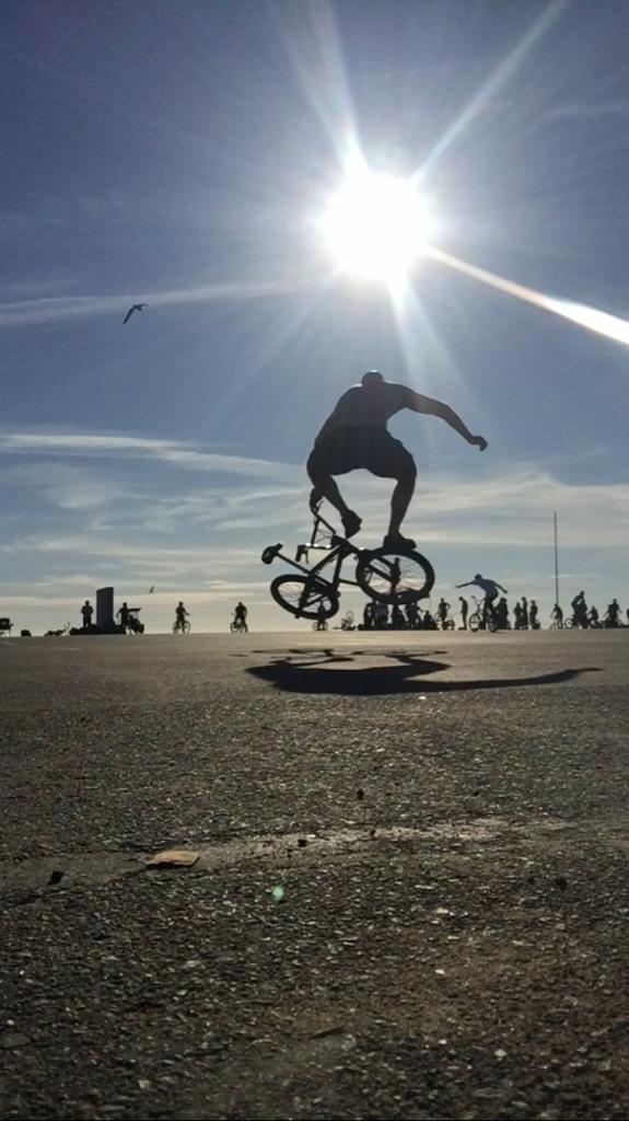 scott riding bmx flatland